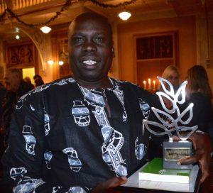 William Ongoro fik LIVIAprisen 2016 for under stor personlig risiko at nå det næsten umulige: bygge bro, bringe stridende lokalsamfund sammen til dialog og forsone tidligere fjender.
