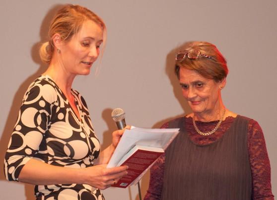Foto af Sara Katrine Jandrup, medlem af LIVIAs bestyrelse, og Else Hammerich, formand for LIVIAs bestyrelse