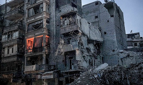 Foto af et hus i ruiner